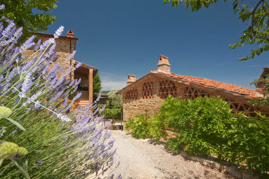 Wth world tuscan housesi laterizi guida ai materiali da for Materiali da costruzione casa